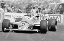 ARROWS A4 Brian Henton. Long Beach GP 1982. Action photo